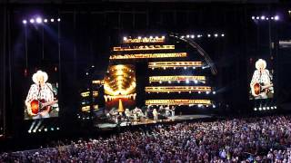 Alan Jackson - So You Don't Have To Love Me Anymore ( 2012 CMA Music Fest )