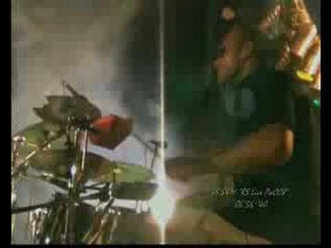 immagine di anteprima del video: 01-06-08 RUBBER SOUL IN PIAZZA DONNINI