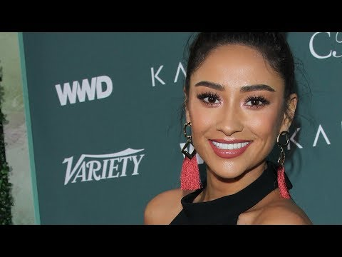 Fashion Tips from Shay Mitchell, Cristina Ehrlich & more at 'Runway to Red Carpet'