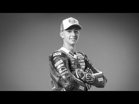 ジェイソン・デュパスキエ追悼動画。Moto3予選中の転倒事故で死亡したジェイソン・デュパスキエ