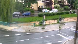 preview picture of video 'Hochwasser der Lockwitzbach in Dresden-Niedersedlitz 3 Tage im Zeitraffer'