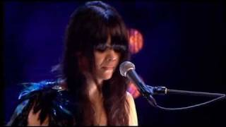 Bat For Lashes - Horse and I (live @ Mercury Prize Awards 2007)