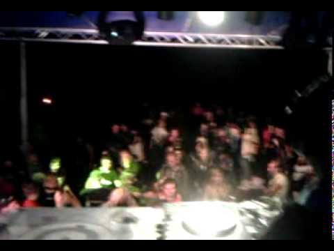 Intro by DJ Rossignol @ S-O-S Free Fest
