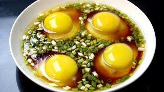 【我是马小坏】碗里加入4个鸡蛋,学会一个懒人早餐吃法,十分鲜美,味道特别棒