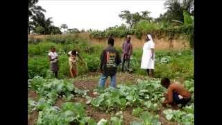preview picture of video '2004 - Cabinda, Missão Católica de São José de Cluny.'