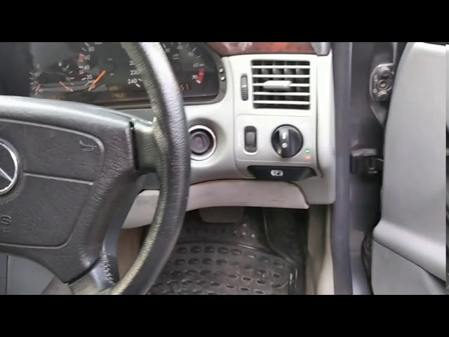 Mercedes Benz E Class E230 1997 for Sale in Lahore