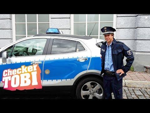 Der Film-Check   Reportage für Kinder   Checker Tobi spielt einen Polizisten