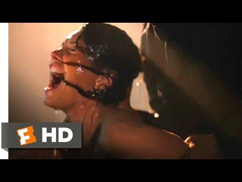 Halloween II (4/10) Movie CLIP - Hot Tub Horror (1981) HD