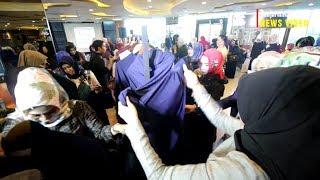 Sosialita Banua Rebutan Busana seharga Rp 2 Juta