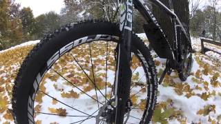 preview picture of video 'Lefty 2013: Cannondale's F26 Crb 2 in a snowy autumn test-ride - GoPro HD Hero 3 Black Edition'