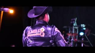 A la moda (en vivo) - Colmillo Norteño (Video)