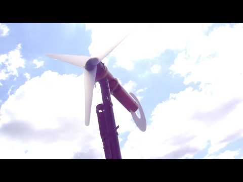 Turn Old PC Fans Into Battery-Recharging Wind Turbines