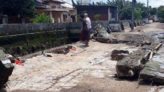 Tanggul Kali Cakung Bekasi Jebol, Air Rendam Rumah di Tiga RT