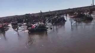 В Экибастузе затопило городское клaдбище