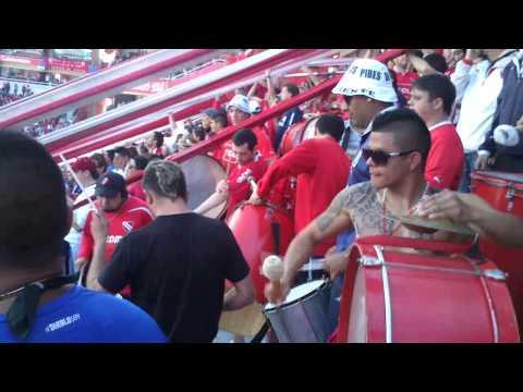 """""""Soy del barrio de Avellaneda vs Rosario Central"""" Barra: La Barra del Rojo • Club: Independiente"""