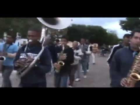 Alvorada em Ituaçu-Ba-Dobrado Marche Marche. Filarmônica Lira dos Artistas de Rios de Contas-Ba.