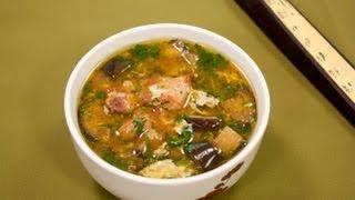 """Смотреть онлайн Как приготовить корейский суп """"Пуктяй"""""""