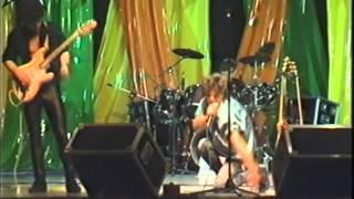 preview picture of video 'MINIMALS an der TKB Talentnacht 1986 im Thurgauerhof Weinfelden'