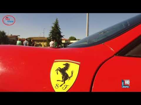 Auto da sogno a Pontenure: numerosi appassionati al raduno Ferrari