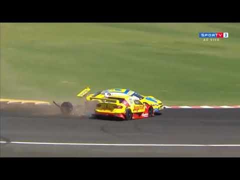 Stock Car Brasil 2018. Race 2 Autódromo Velo Città. Crash