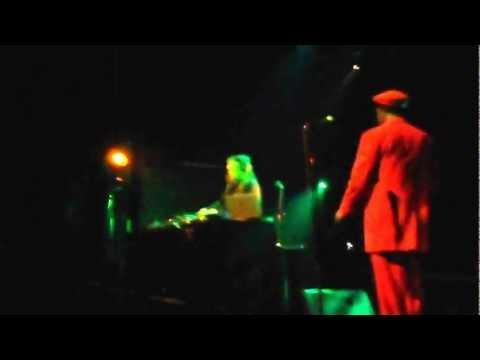 Mungos Hifi & Speng Bond live in Athens