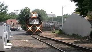 preview picture of video 'Norfolk Southern YPMO-01 - Morrisville, PA'