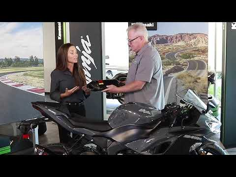 2019 Kawasaki NINJA ZX-6R in Zephyrhills, Florida - Video 6