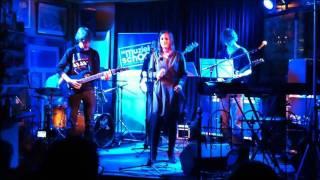Rock Vision- Heaven Knows (Anouk)