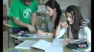 preview picture of video 'Encierro profesores en el IES Salvador Victoria de Monreal del Campo'