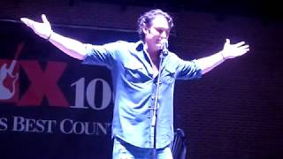 """Joe Nichols """"Tequila Makes Her Clothes Fall Off"""" (Live in Memphis TN 06-21-2018)"""