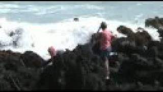 preview picture of video 'Road to Hana Keanae Park Beach'