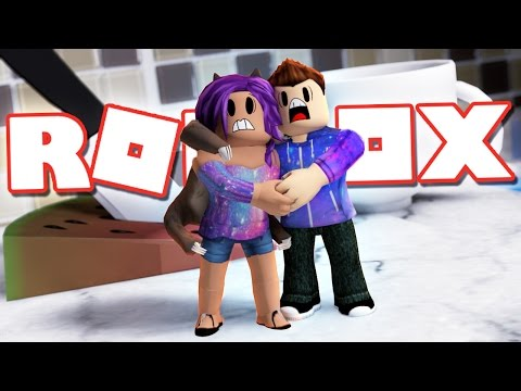 STUCK IN A GIANT KITCHEN IN ROBLOX!