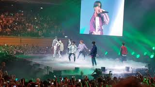 Random Dance + Hit Medley Special Stage by Stray Kids, Somi + Wanna One Live @ KBS Music Bank Berlin
