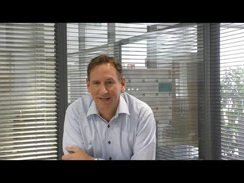 Oliver Frömmer, Mitglied der Geschäftsleitung, zeigt im Video, welchen Nutzen das Multidomain Master Data Management von Stibo Systems dem weltweitig tätigen Unternehmen RITUALS bringt