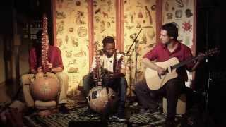 Video KoraJungleJazz & Djakali Kone (Live at Café Atlas 28.11.2013)