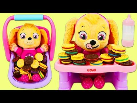 Paw Patrol Baby Skye Plays the Matching Cookies Game!