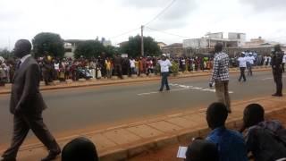 preview picture of video 'Bénin : Défilé de la Fête de l'indépendance 2013 à Abomey-Calavi. Les femmes retraitées de l'Armée'