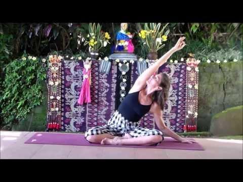 mp4 Yoga Untuk Pemula Di Bali, download Yoga Untuk Pemula Di Bali video klip Yoga Untuk Pemula Di Bali