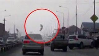 """Лихач, игравший """"в шашки"""" на дороге, сбил насмерть пешехода в Адыгее"""