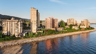 2240 Bellevue Ave, Waterfront Living In The Heart Of West Vancouver