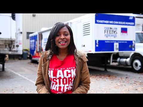 Miss WSSU Supports the Food Lion Feeds Initiative