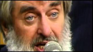 "The Dubliners ""Lament for Brendan Behan"" and The Auld Triangle"