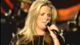 Trisha Yearwood - Could It Be Magic (Live)