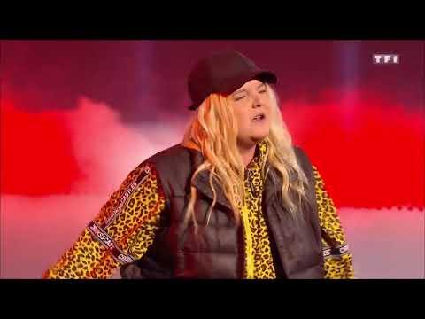 Tones and I - Dance Monkey (2019 NMA Performance)