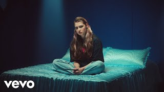 Nouveau clip pour Baby Queen – Pretty Girl lie