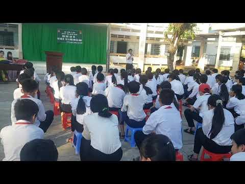 THCS Nguyễn Khuyến - Màu hoa đỏ (thầy Bảo)
