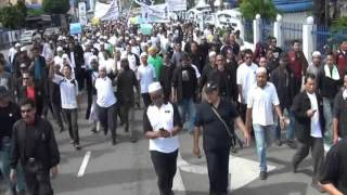 preview picture of video 'Demontrasi Rampasan Tanah @ Depan Wisma Darul Iman'