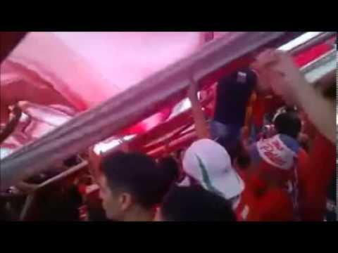 """""""el rojo y el blanco me vuelan la mente"""" Barra: La Barra de la Bomba • Club: Unión de Santa Fe"""