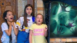 Отсюда НЕ СБЕЖАТЬ! Лагерь стал проклятьем Слендермена! Нельзя было шутить в этом доме!!!