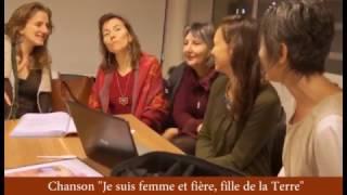 Chant improvisé lors d'une réunion des Femmes de Gaïa